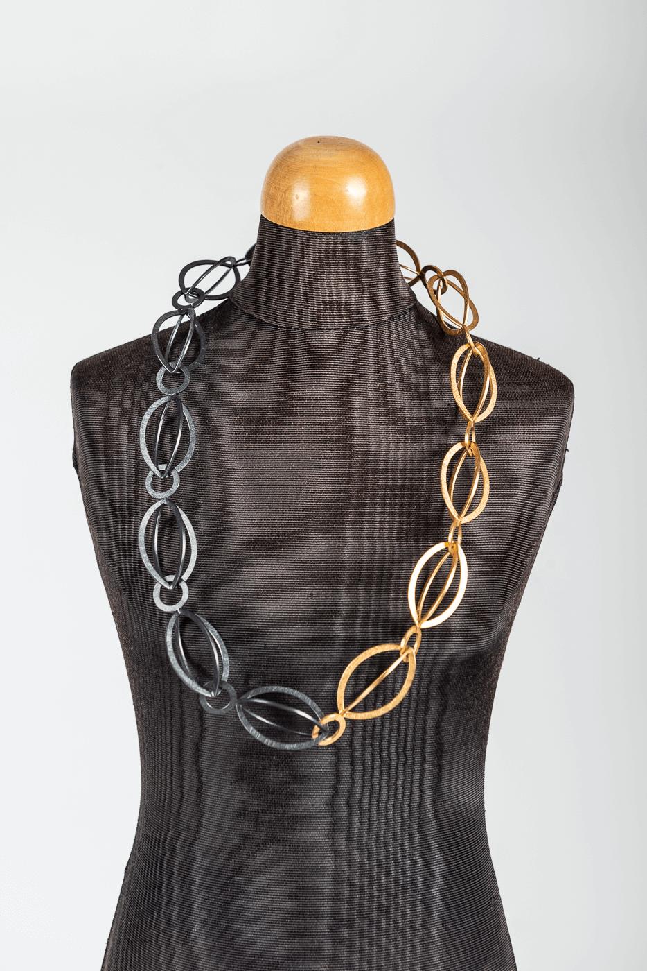 Halskette lang, gold-schwarz