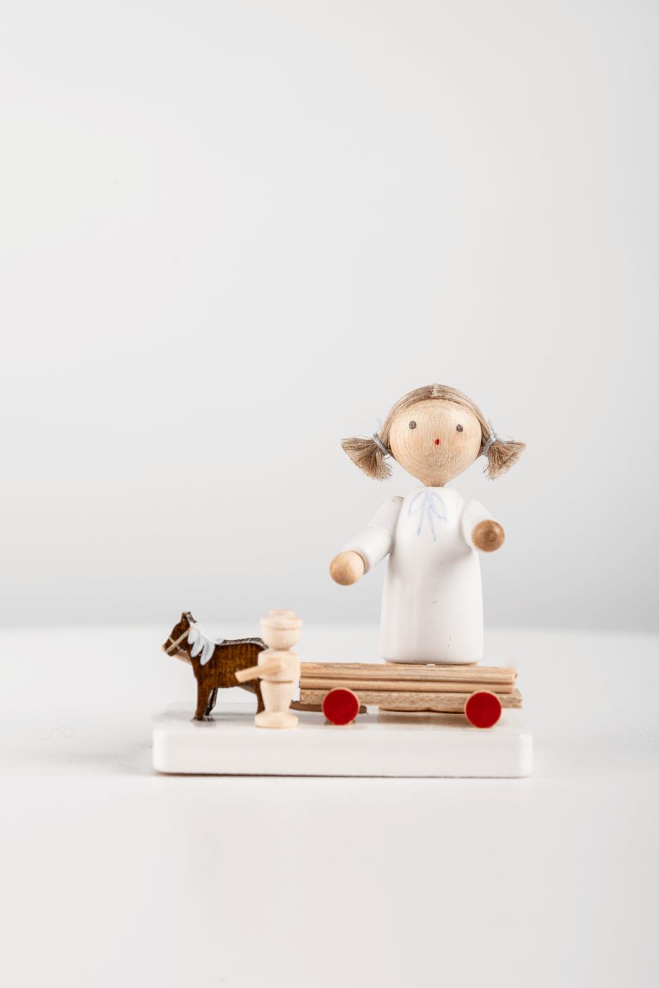 Engel mit Pferdegespann