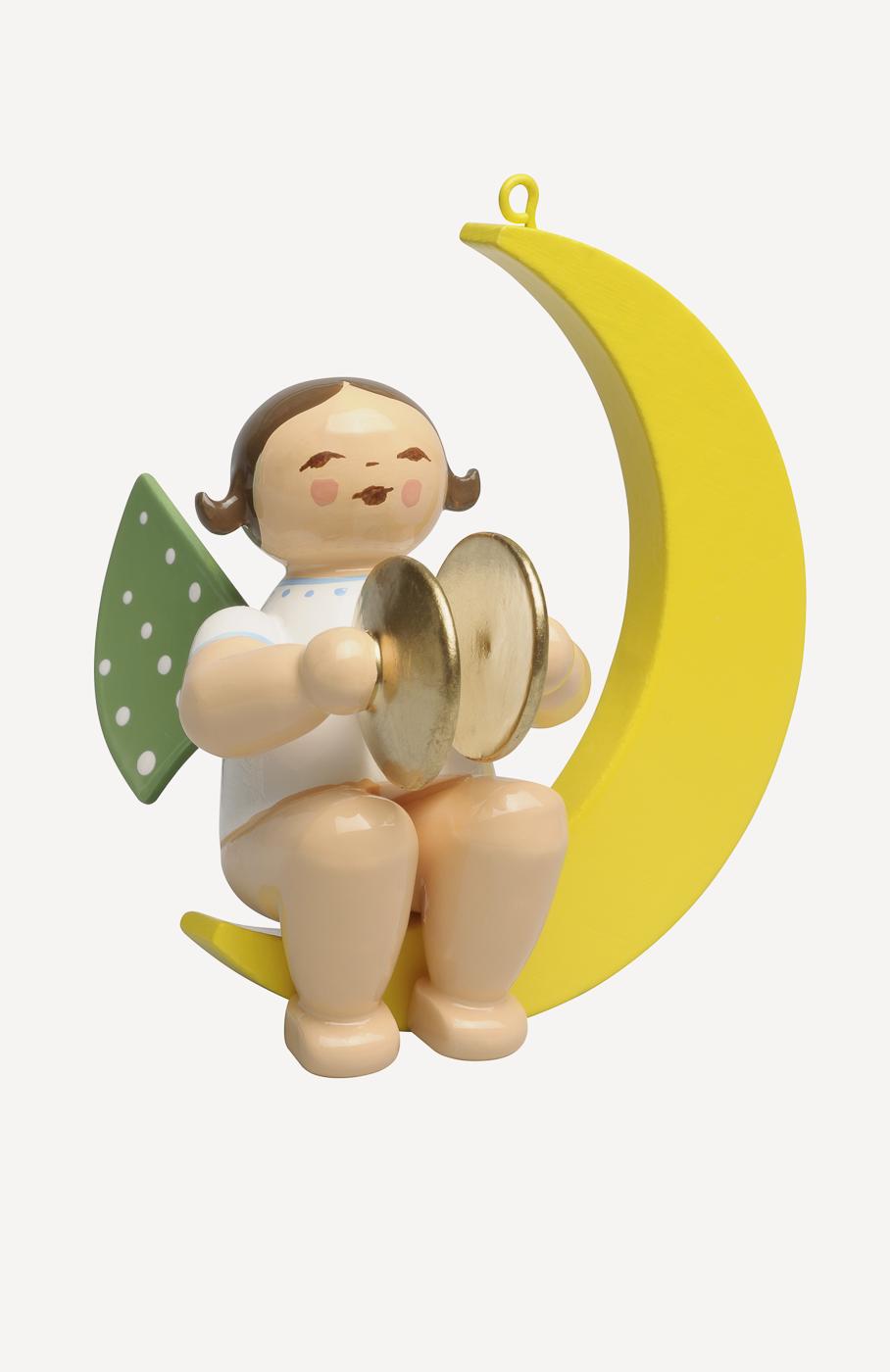 Engel mit Becken, im Mond