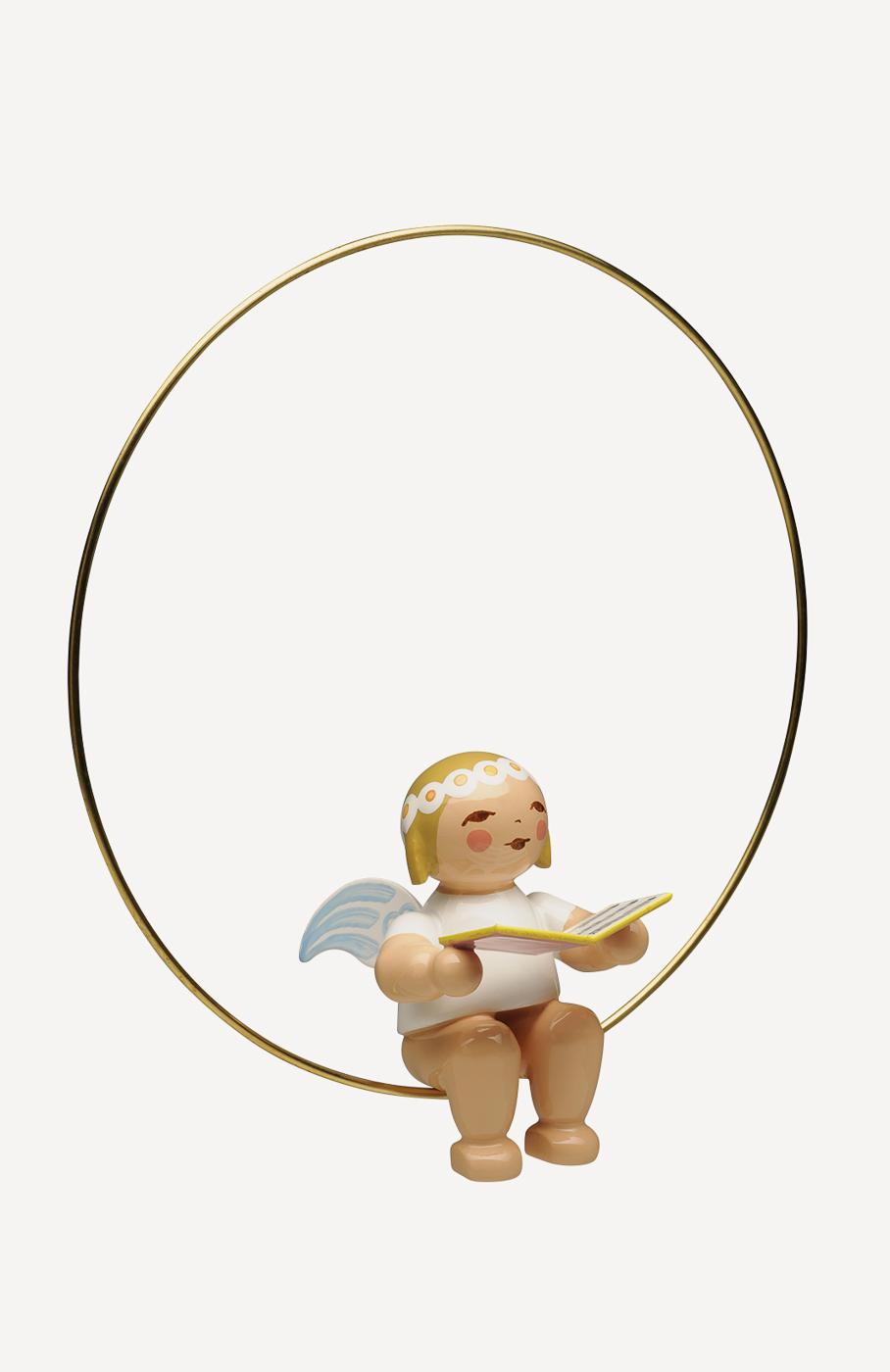 Christbaumengel im Ring, mit Liederbuch