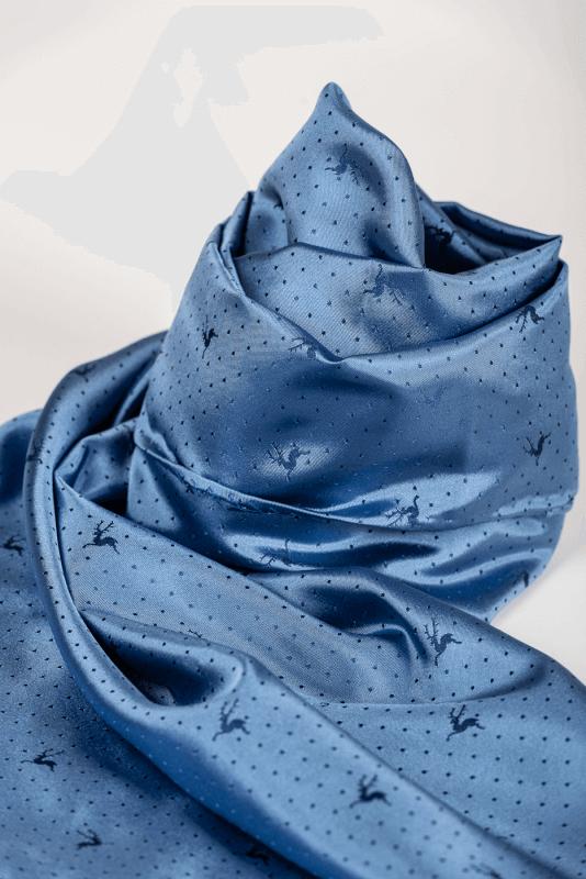 aSchal mit Punkten und Hirschen, blau/blau
