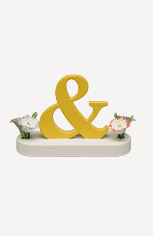 aSonderzeichen &, mit  Blumen
