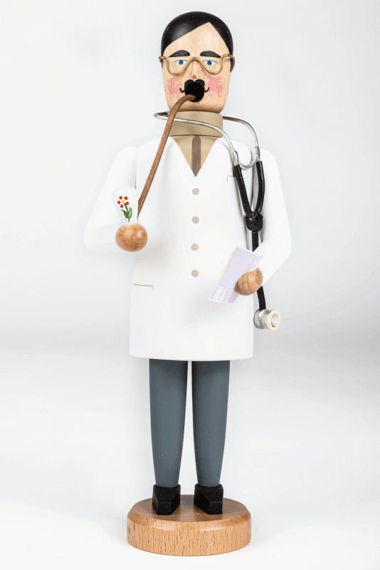 aRäuchermann, Arzt