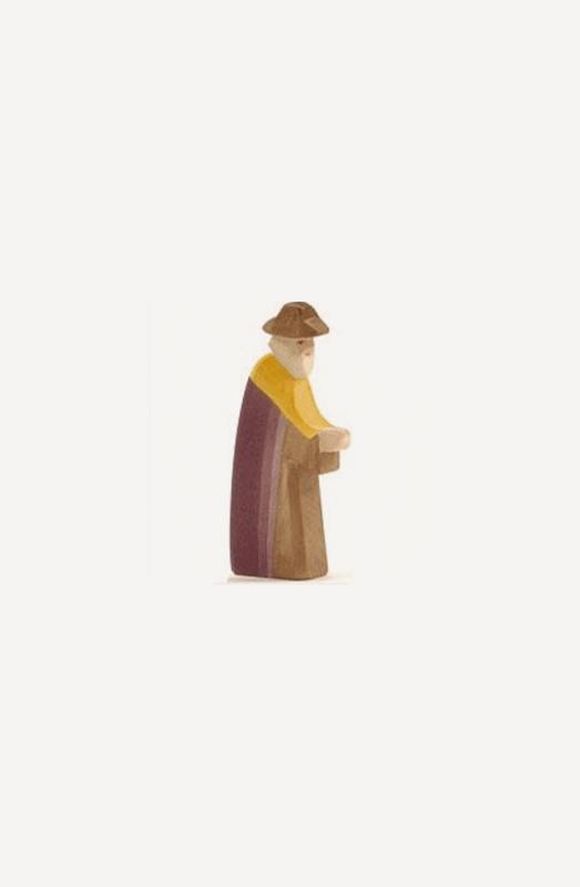 aJosef wandernd