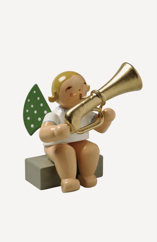 aEngel mit Basstrompete, sitzend